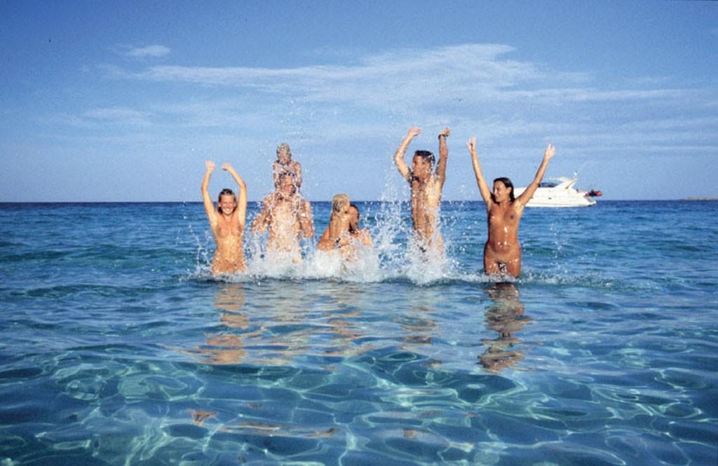 La Corse : l'endroit idéal pour pratiquer le naturisme ?